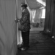 Circo Oriental / El payaso 'Boganito' --el dueño del circo José